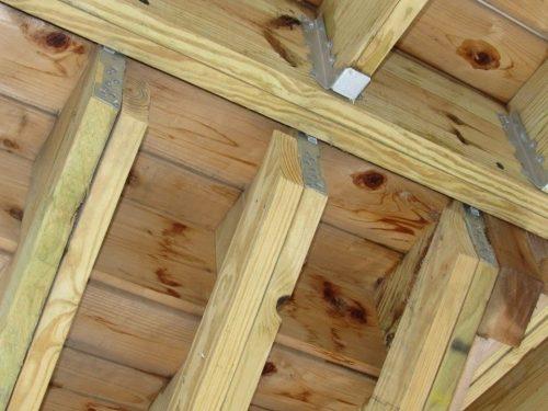 Improper stairway stringer attachment2