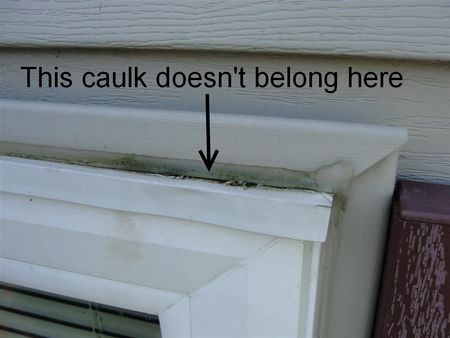 Caulked head flashing