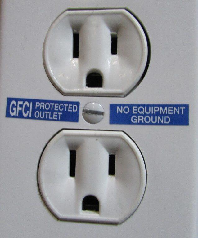 No equipment ground label