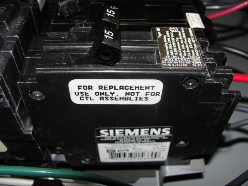 Non-CTL Tandem Circuit Breaker